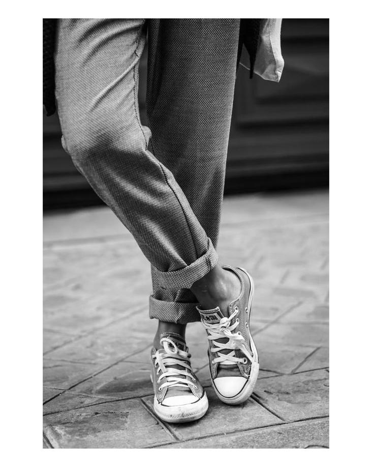 Empoderamento feminino a partir do vestir feminino, por Andresa Caparroz